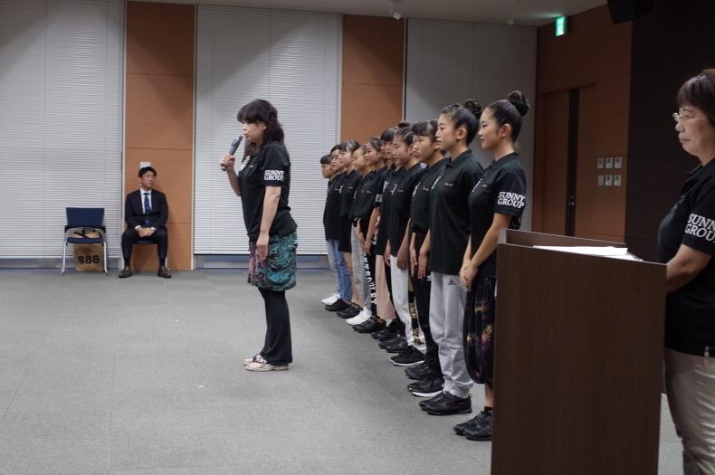 よさこい踊り子隊SUNNYSの説明会で県民会議をPR!_d0375307_07364370.jpg