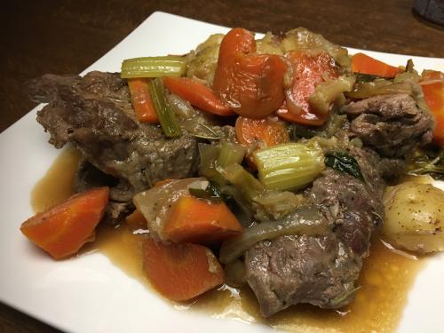 ダッチオーブンで作るラム肉のロースト_d0025421_03293076.jpg