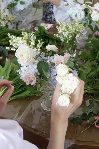 5月のレッスン スズランと市川バラ園のバラを使って_f0127281_17245399.jpg