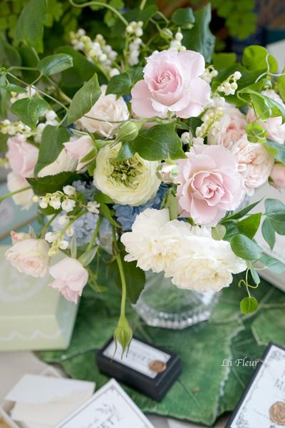 5月のレッスン スズランと市川バラ園のバラを使って_f0127281_17254473.jpg