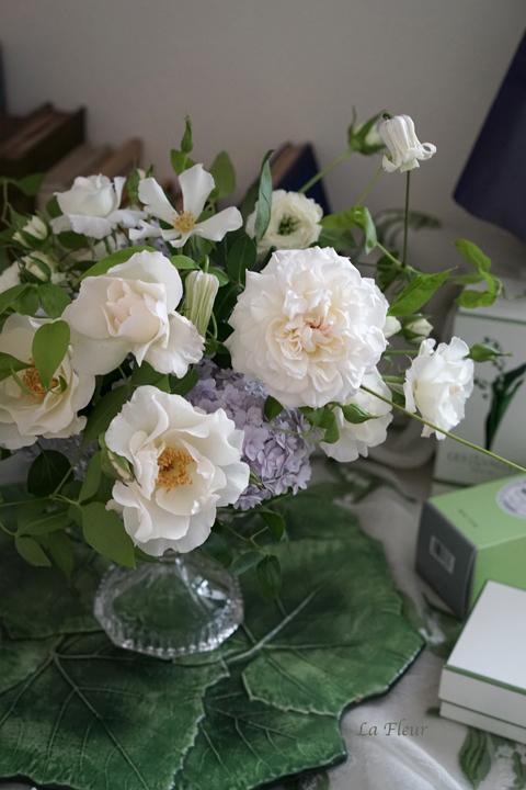 5月のレッスン スズランと市川バラ園のバラを使って_f0127281_17323060.jpg