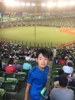 スタジアムで野球_c0147187_21480874.jpg