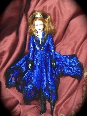 スターライトヨシキ お姫様のような男性人形の事_e0016517_20553752.jpg