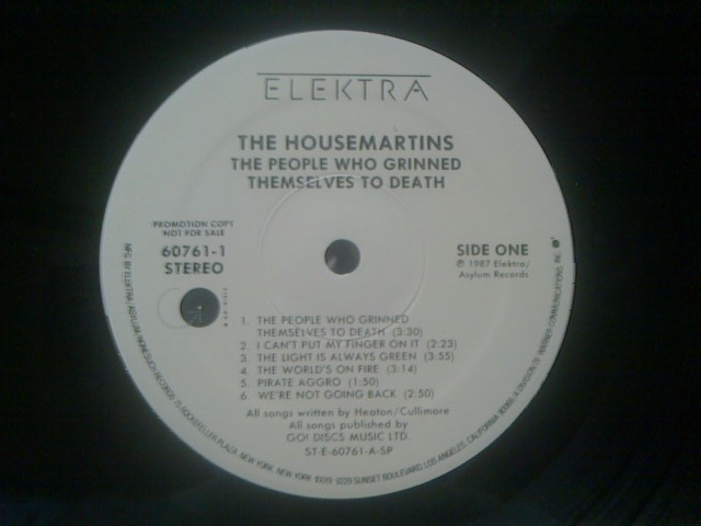The People Who Grinned Themselves To Death / The Housemartins_c0104445_2347217.jpg