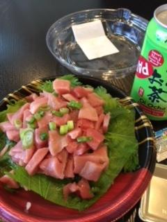 トロ丼、手巻きずし、善光寺の里みそ、じゃこ佃煮-今週の日本食_e0350971_00565827.jpg