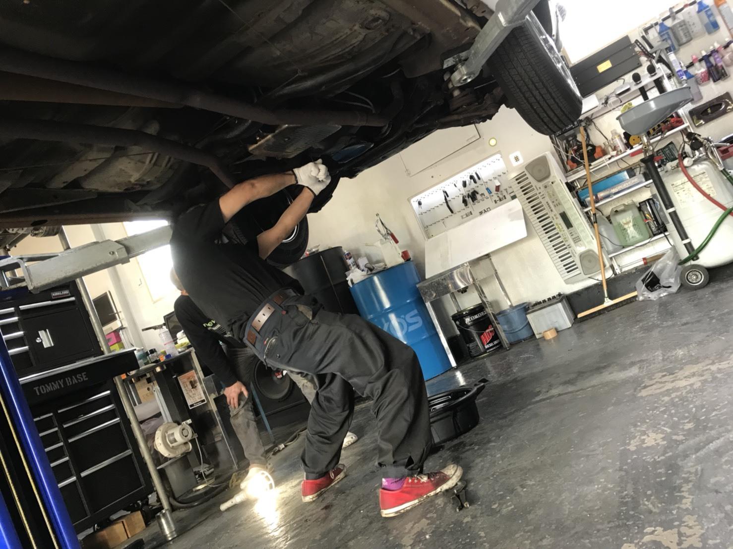 6月5日(火)トミーベース カスタムブログ☆ハマー LX570 ヴェルファイア 納車準備中☆_b0127002_12015819.jpg