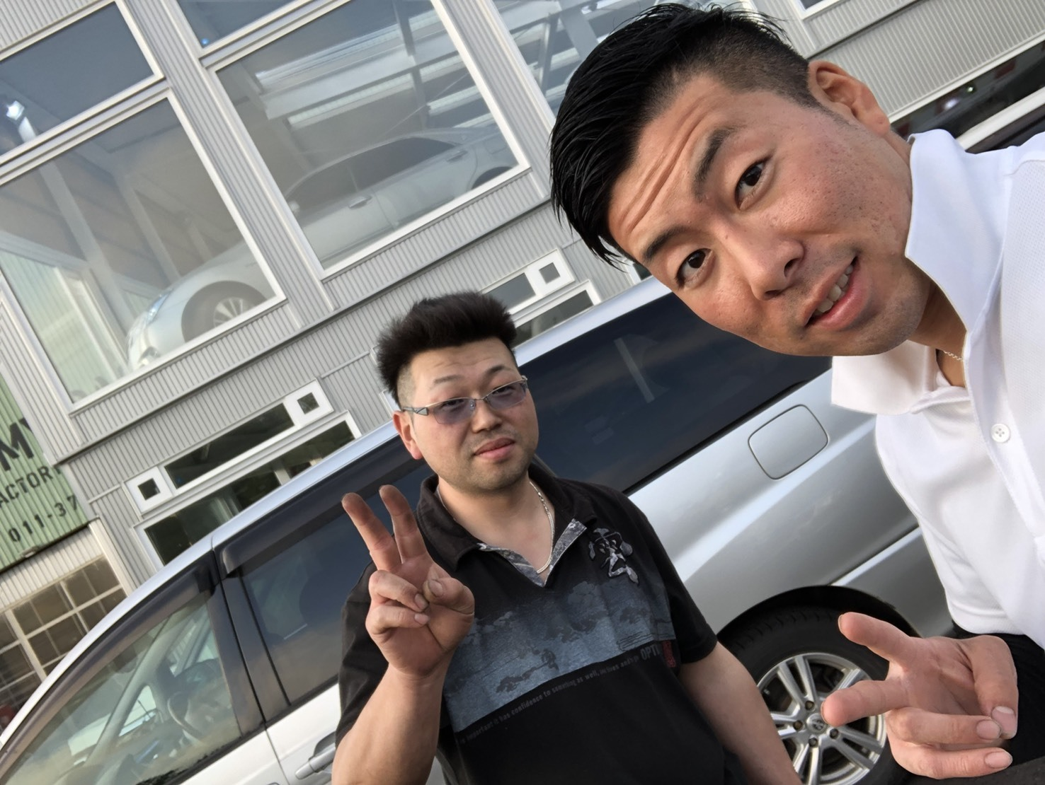 6月5日(火)トミーベース カスタムブログ☆ハマー LX570 ヴェルファイア 納車準備中☆_b0127002_12111651.jpg