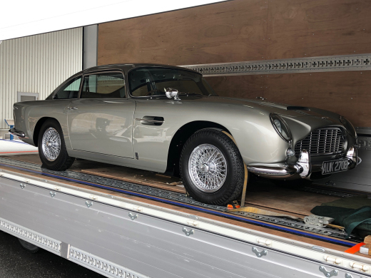 A story of purchasing the DB5 from Newport Pagnell Vol.10_c0128818_01063137.jpg