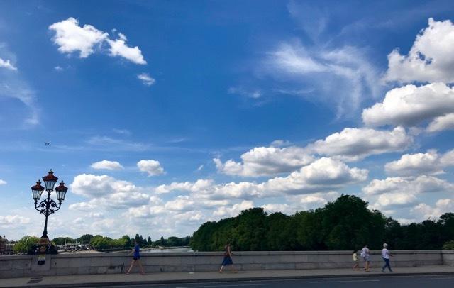 雲があるから空が美しい_e0114020_18574419.jpg