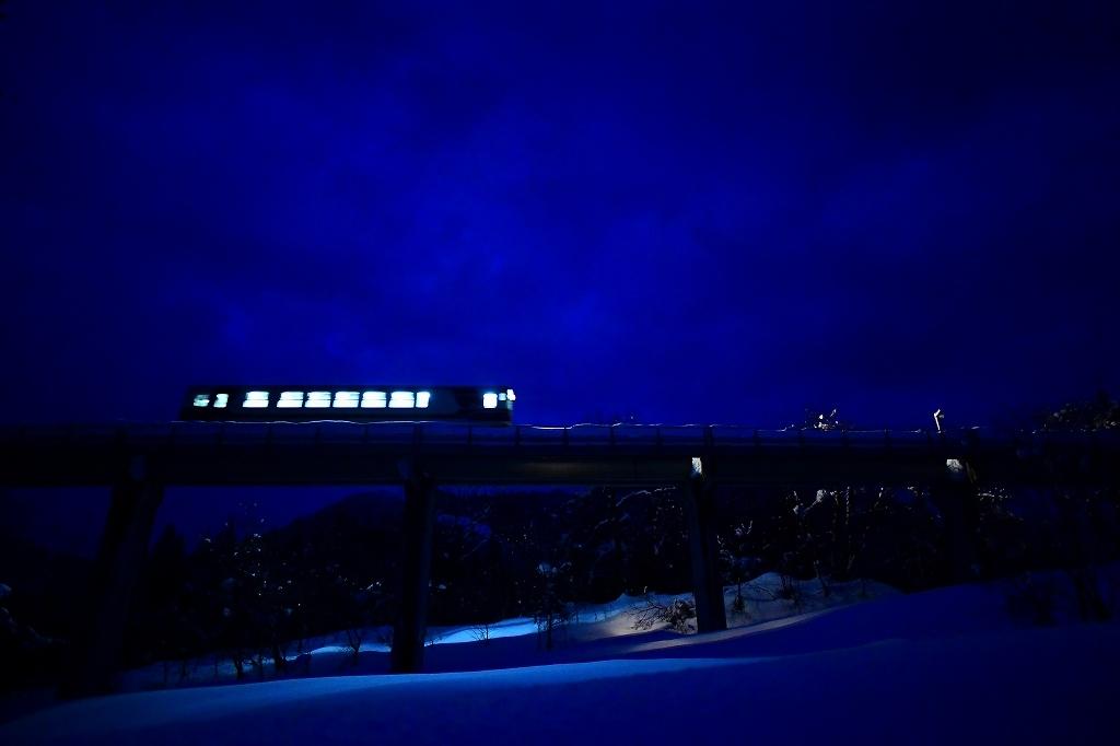 STAR SNOW STEEL  夜鉄_f0050534_07043223.jpg