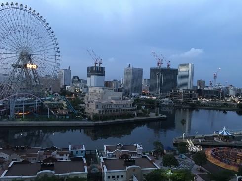 今日のスタートは、橋本から新宿行きの満員電車からスタート_b0137969_07345545.jpg