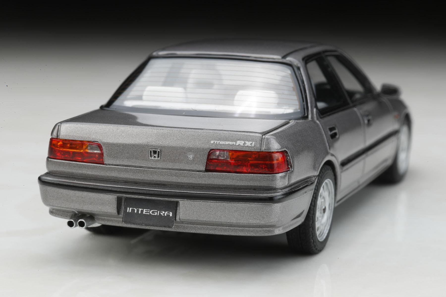 ポストホビー限定 MARK43 ホンダ インテグラ (DA7) RXi 1991  純正シートカバー(高級タイプ)ご予約開始!!_f0372507_2263549.jpg