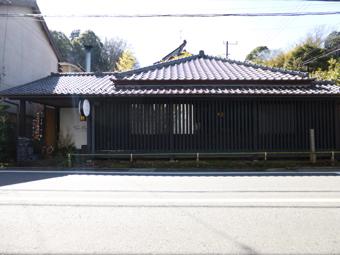 北鎌倉駅前の家がギャラリーになりました。_c0195909_09223935.jpg