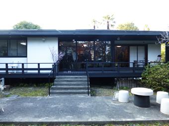 北鎌倉駅前の家がギャラリーになりました。_c0195909_09234428.jpg