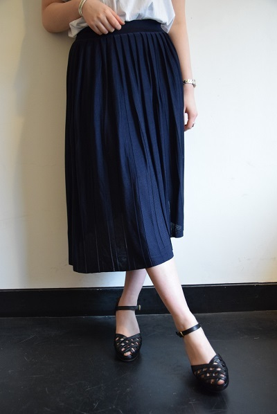 スカート スカート プリーツスカート    。_b0110586_10032244.jpg