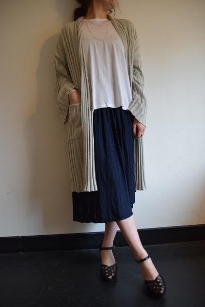 スカート スカート プリーツスカート    。_b0110586_10050790.jpg