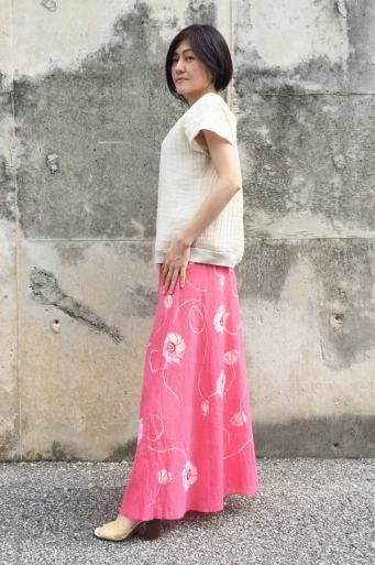 手刺繍 ポピー ロングスカート (1682)_e0104046_00160700.jpg