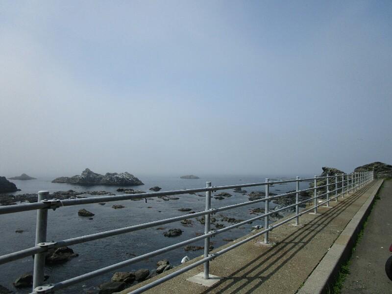 47日目【知内温泉−江刺町】橋の下には絶景がひろがっていました。いろんな出会いもありました。_e0201281_20002333.jpg