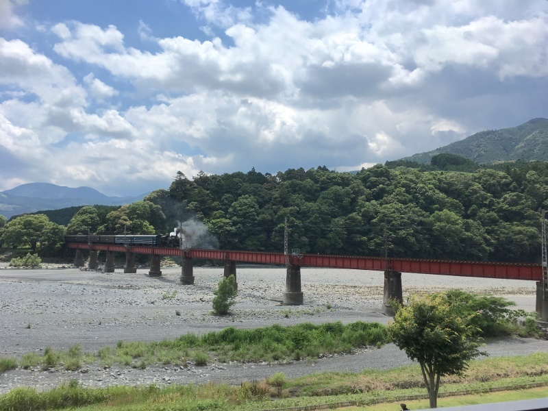 大井川鐵道のSLに乗車!オススメの昼食・休憩スポット♪_d0367998_15234799.jpg