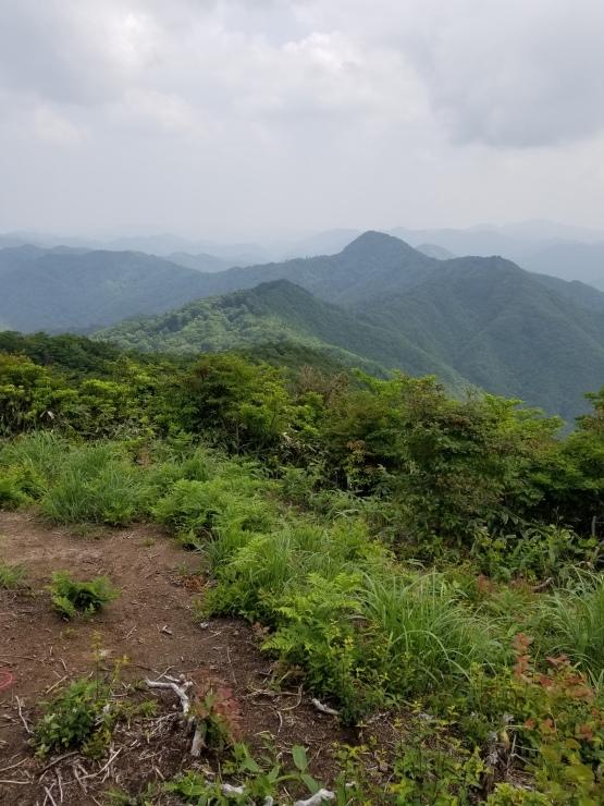 莇ヶ岳ー弟見山 縦走_f0219710_08410202.jpg