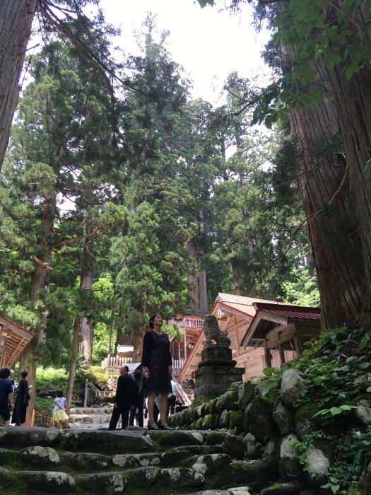 白山中居神社_e0155231_21291320.jpeg