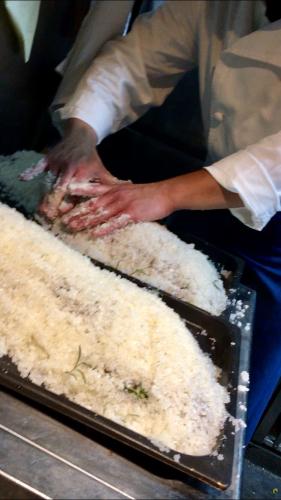 湯島天神裏「クチーナ・イタリアーナ・ハル」さんのパーティーへ_d0011635_21515591.jpg