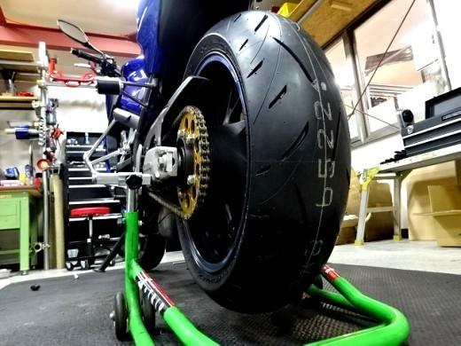 DANLOPのスポーツタイヤ、ロードスポーツ2インプレッション_b0163075_00421986.jpg