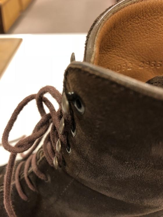 靴紐ってすぐ切れる?_d0166598_10594992.jpg