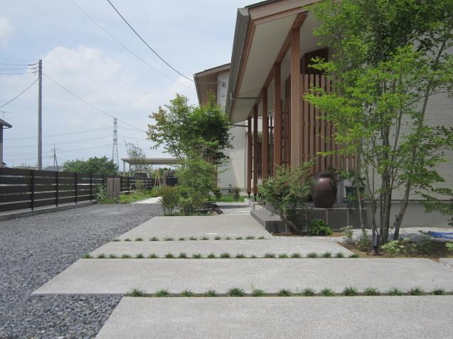 群馬太田市 O 邸 完成しました( *´艸`)  お洒落なお庭作りはGarden Flowにお任せください!_e0361918_14063741.jpg
