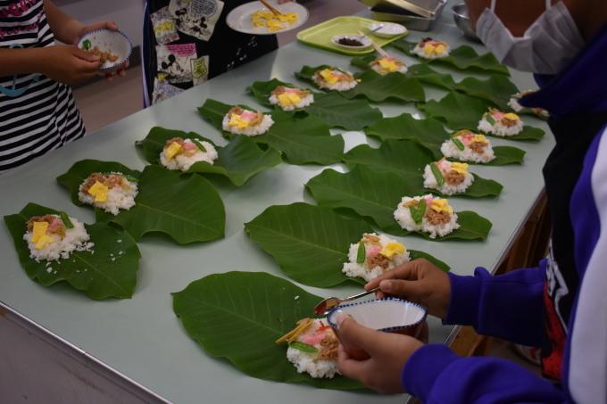 中学校で行われた郷土料理体験に参加してきました_c0238069_15173880.jpg