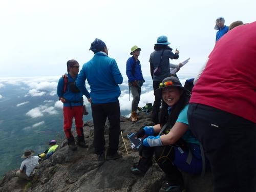 羊蹄山登頂100回達成祝賀登山会、2018.6.10ー同行者からの写真ー_f0138096_20255116.jpg