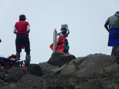 羊蹄山登頂100回達成祝賀登山会、2018.6.10ー同行者からの写真ー_f0138096_20260403.jpg