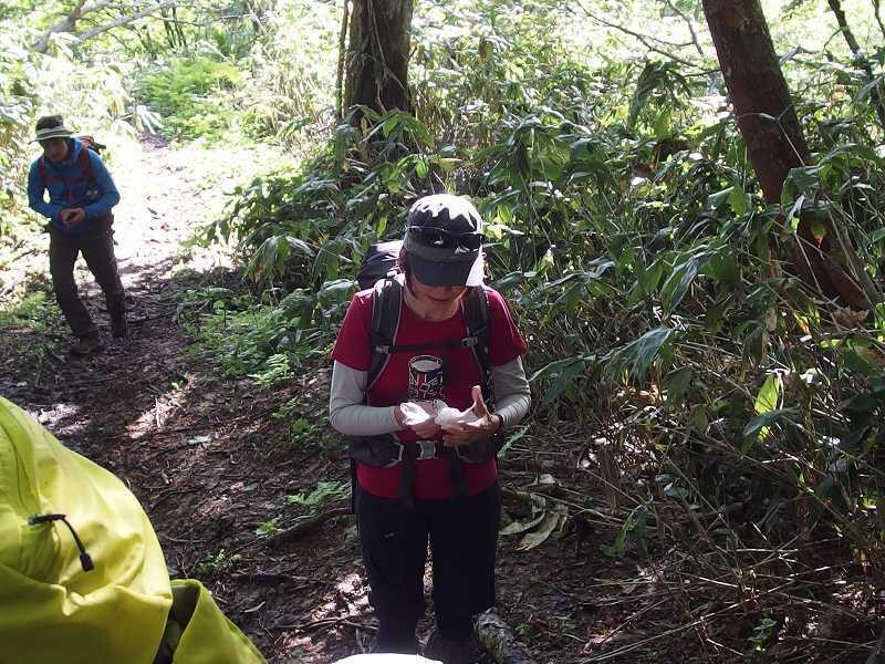 羊蹄山登頂100回達成祝賀登山会、2018.6.10ー同行者からの写真ー_f0138096_20274088.jpg