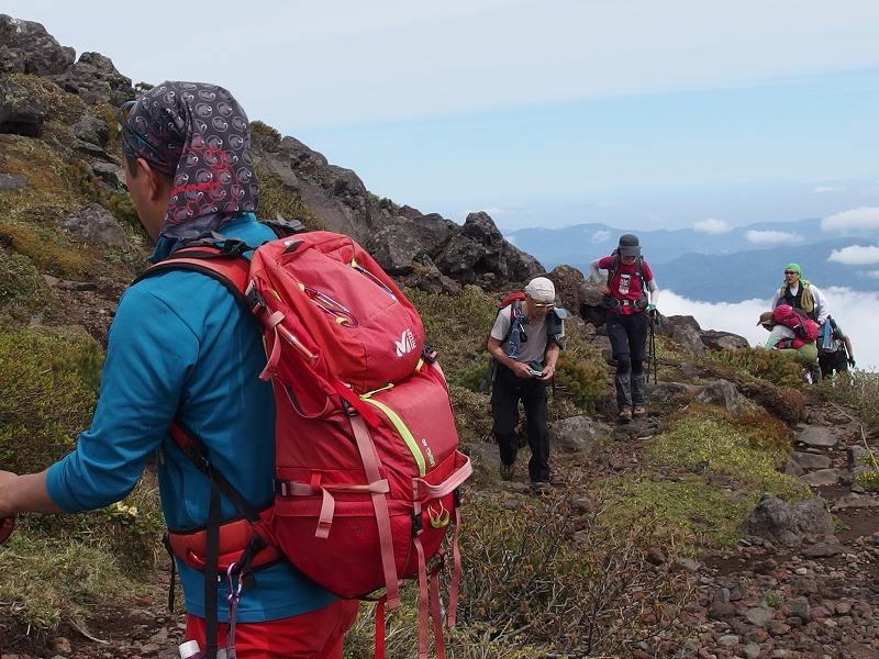 羊蹄山登頂100回達成祝賀登山会、2018.6.10ー同行者からの写真ー_f0138096_20275100.jpg