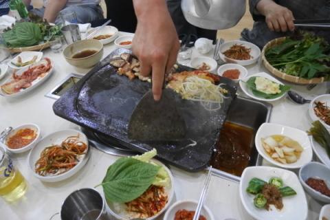 しょうゆサムギョプサルを食べてみた! @清州_a0140305_02333890.jpg