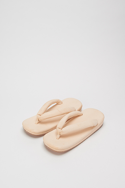 "Hender Scheme 2018-19 Autumn/Winter exhibition ""FLAT\""_e0171446_1473644.jpg"