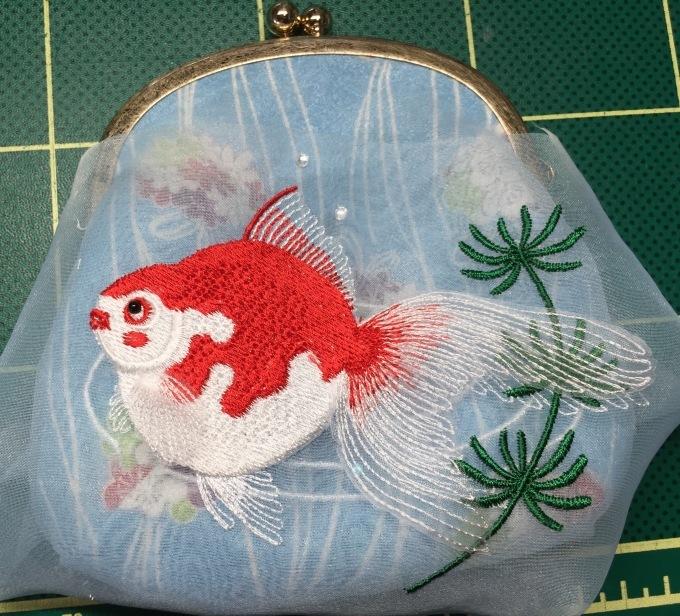 金魚増量中!!_e0385587_12334801.jpeg