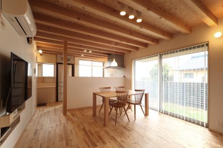 「萩島の家」竣工写真_b0179213_19531419.jpg
