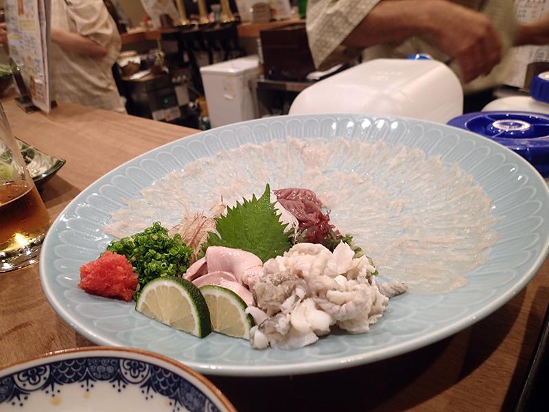宮崎駅前で美味しいものをたくさん食べて少々飲む_c0193735_14563550.jpg