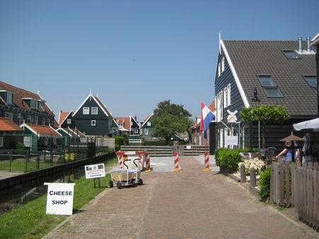 オランダへの小旅行 - 3 (マルケン島)_a0280569_0351597.jpg