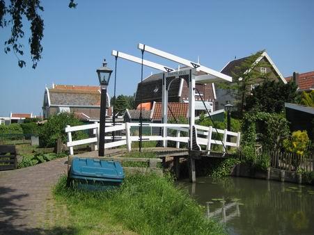 オランダへの小旅行 - 3 (マルケン島)_a0280569_0354428.jpg