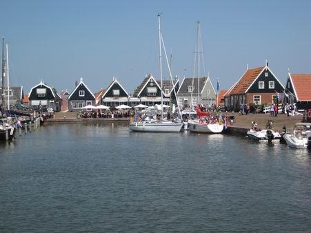 オランダへの小旅行 - 3 (マルケン島)_a0280569_0375683.jpg