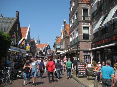 オランダへの小旅行 - 3 (マルケン島)_a0280569_0431685.jpg