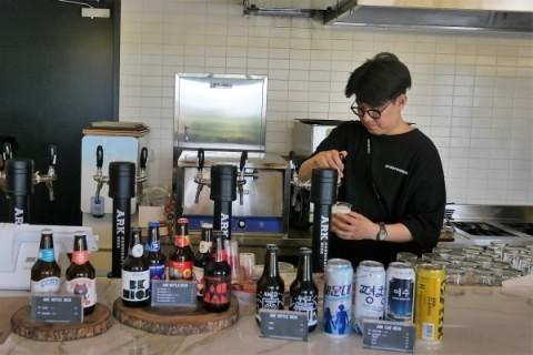 人気上昇中のクラフトビール工場に行ってきました! _a0140305_14492607.jpg