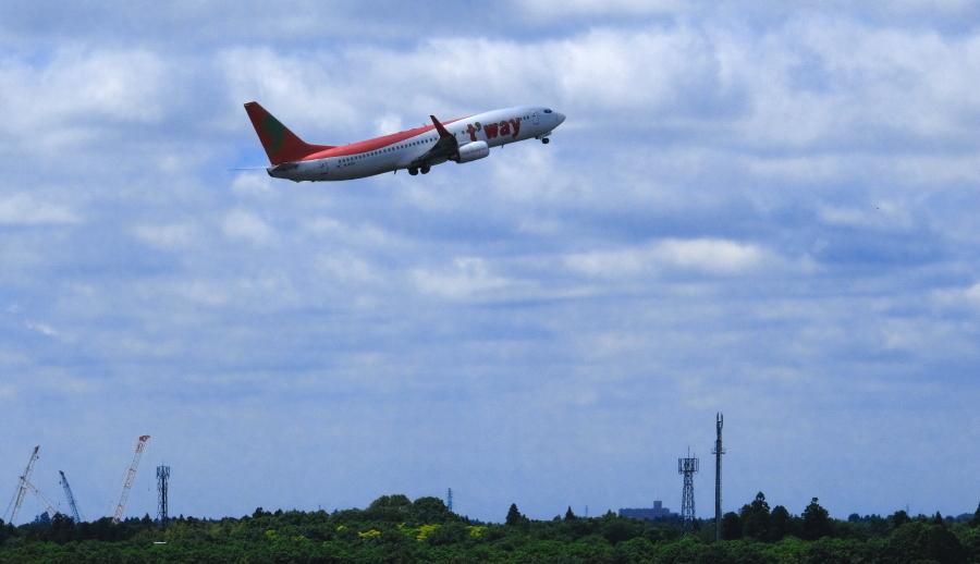 成田空港から観た景観_a0150260_05373687.jpg