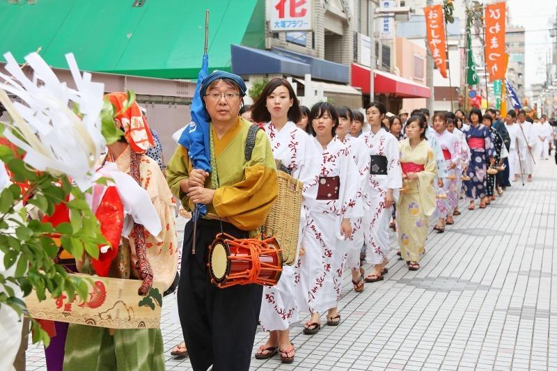 西宮神社 おこしや祭り_c0196076_22200342.jpg