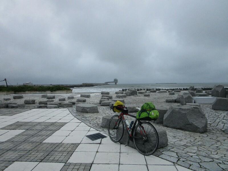 55日目【枝幸−サロマ湖】雨の中、サロマ湖は遠かった。_e0201281_20364223.jpg