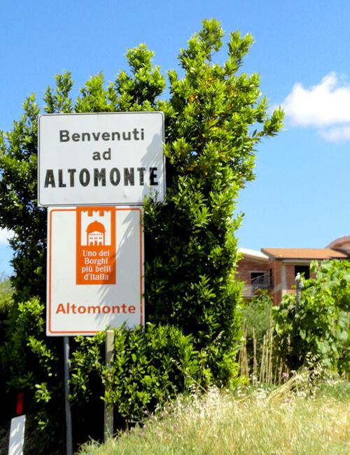 """アルトモンテ1. """"最も美しい村""""の名は伊達ではない_f0205783_22335013.jpg"""