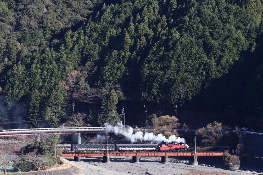 赤い機関車と白い煙と赤い鉄橋 - 大井川・2017年ジェームス -_b0190710_23591268.jpg