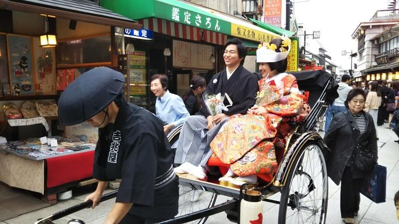 6月16日(土) 参道に人力車で花嫁さん_d0278912_23415482.jpg